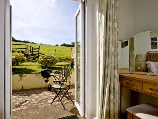 Barn Studio located in Totnes, Devon - Totnes vacation rentals