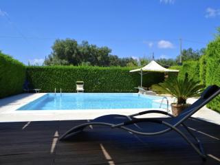 Villa del Sole con Piscina - San Vito dei Normanni vacation rentals
