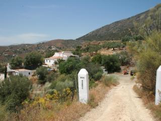 Casa Los Rubios - peace in the sun! - Canillas de Aceituno vacation rentals
