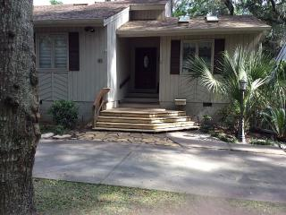 Private End of Street - Home in Lawton Woods - Hilton Head vacation rentals