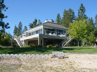 Big Bear Lakefront Cabin has beautiful views of the lake from inside and outside along the large deck. - Big Bear Lake vacation rentals