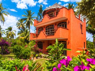 Puesta Del Sol, Turtle Beach - Platanitos vacation rentals
