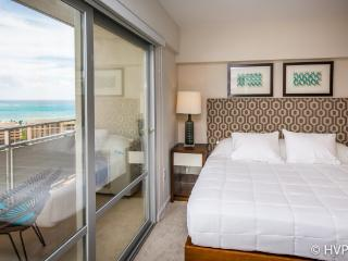 WAIKIKI BEACH LUXURY 2 bdrm, 2 full bth HI Floor - Honolulu vacation rentals