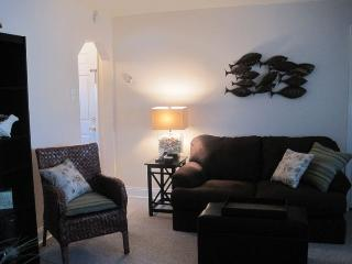 Cozy Getaway for Two, Half Block from Beach - Brigantine vacation rentals