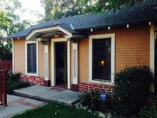Cozy 1 bedroom Cottage in Altadena - Altadena vacation rentals