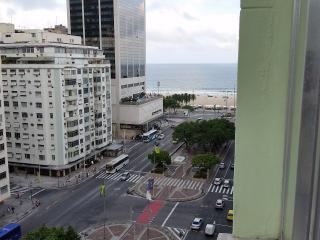 ocean view apto in copacabana - Rio de Janeiro vacation rentals