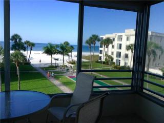 View the Gulf in all its splendor from this 2BR - 13 South - Siesta Key vacation rentals