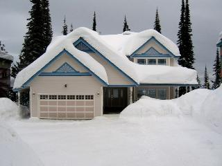 10/10 Location 4 bedroom home - Silver Star Mountain vacation rentals