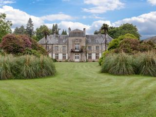 Chateau La Monte Epinge Estate - Brix vacation rentals