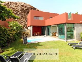 Maspalomas 2 Bedroom, 1 Bathroom House (Villa 38946) - Maspalomas vacation rentals