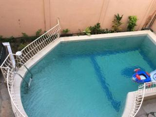 2 Appartement de Luxe In House - Cotonou vacation rentals