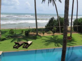 Bed & Breakfast in Wadduwa Beach - Wadduwa vacation rentals