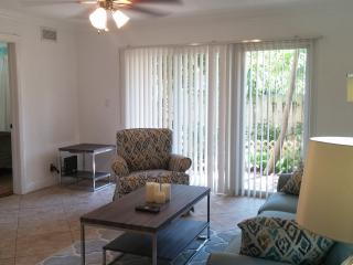 Heart of Downtown, Comfy and Walk to Beach - Delray Beach vacation rentals