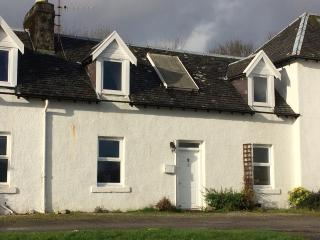 Perfect Cottage with Television and Water Views - Inveraray vacation rentals