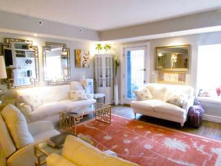 Luxury Beacon Hill 1050 Sf Condo w/ Private Garden - Boston vacation rentals