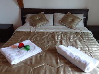 ICM 28 - Isca Marina vacation rentals