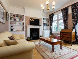 5 bedroom house on Hervey Road, Greenwich - London vacation rentals