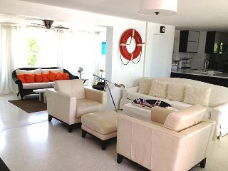 Chic Mid-Century Beach Cottage with a private dock - Holmes Beach vacation rentals