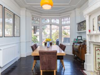 4 bedroom House with Internet Access in London - London vacation rentals