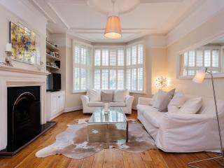 Veeve - The Butterfly House - London vacation rentals