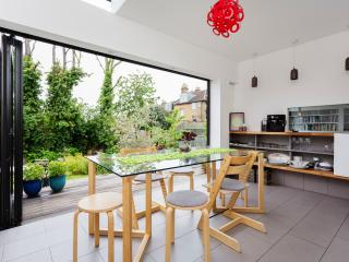 3 bed house on Mount View Road in Haringey - London vacation rentals