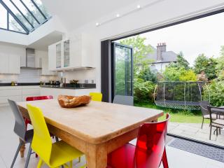 Perfect London House rental with Washing Machine - London vacation rentals