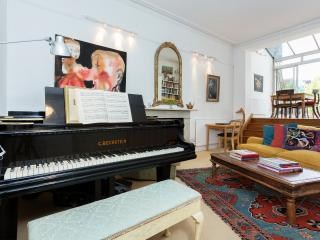 The Artist's Retreat - London vacation rentals
