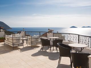 Great 2 Bed, 2 Bath Sea View Apartment- Mavi - Kalkan vacation rentals