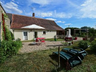 Nice House with Satellite Or Cable TV and Parking - Selles-sur-Cher vacation rentals