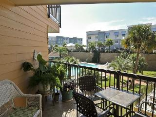 Cozy Island Oasis in Galveston with Resort Amenities - Tiki Island vacation rentals