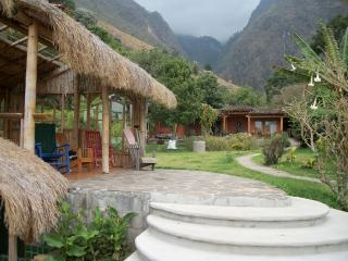 Lake Front Suite - Discounted summer rates - Santa Cruz La Laguna vacation rentals