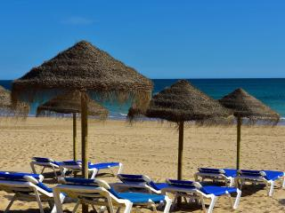 One Bedroom house right on the beach in Alvor - Alvor vacation rentals