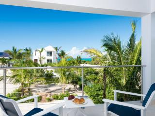 Little Plum Cottage, A one bedroom romantic villa - Turtle Cove vacation rentals