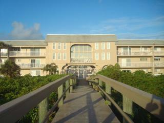 Perfect Condo with Internet Access and Short Breaks Allowed - Cocoa Beach vacation rentals