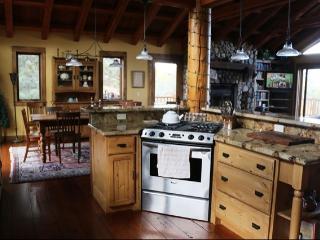 Kevin's Cabin - Long Term Rentals - Listing #349 - Crowley Lake vacation rentals