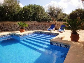 Bright Finca with Internet Access and Dishwasher - Felanitx vacation rentals