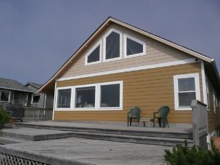 Wonderful 4 bedroom Seaside House with Deck - Seaside vacation rentals
