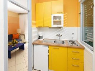 Beach resort 000255 Apartment for 3 persons Superior (ID 574) - Umag vacation rentals