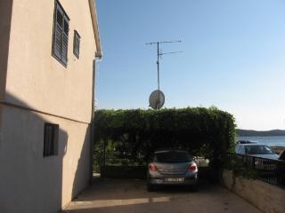 2 bedroom Apartment with Stove in Zaboric - Zaboric vacation rentals