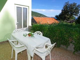 Apartment 000487 Apartment for 4 persons with 2 extra beds and 2 bedrooms (ID 1288) - Blato vacation rentals