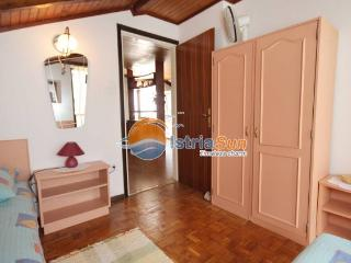 Apartment 000497 Apartment for 4 persons with 2 extra beds and 2 bedrooms (ID 1175) - Kornic vacation rentals