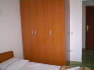 Bright 1 bedroom Condo in Zastrazisce with Balcony - Zastrazisce vacation rentals