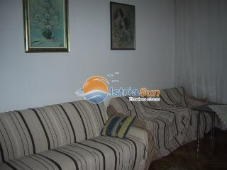 2 bedroom Apartment with Stove in Crikvenica - Crikvenica vacation rentals