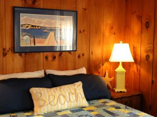 Laughton House & Cottages - Cabin - Low Tide - New Harbor vacation rentals