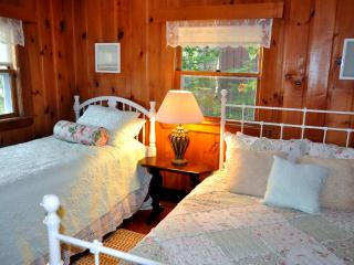 Laughton House & Cottages - Cabin - Ebb Tide - New Harbor vacation rentals