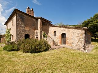 Luxury Wedding Villa in Tuscany Near Siena - Tenuta Abbazia - Casa I Picci - Sarteano vacation rentals