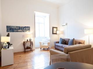Chiado Apartments Trindade 2B - Lisbon vacation rentals