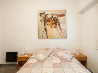 Studio Apartment for two in the heart of Recoleta - Buenos Aires vacation rentals