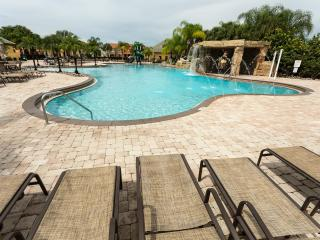 135/ Amazing 5 bed/4 bath home in Paradise Palms - Kissimmee vacation rentals