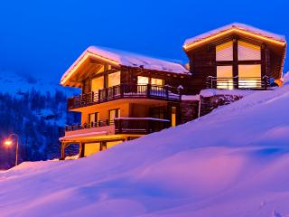 Gorgeous 5 bedroom Zermatt Villa with Internet Access - Zermatt vacation rentals